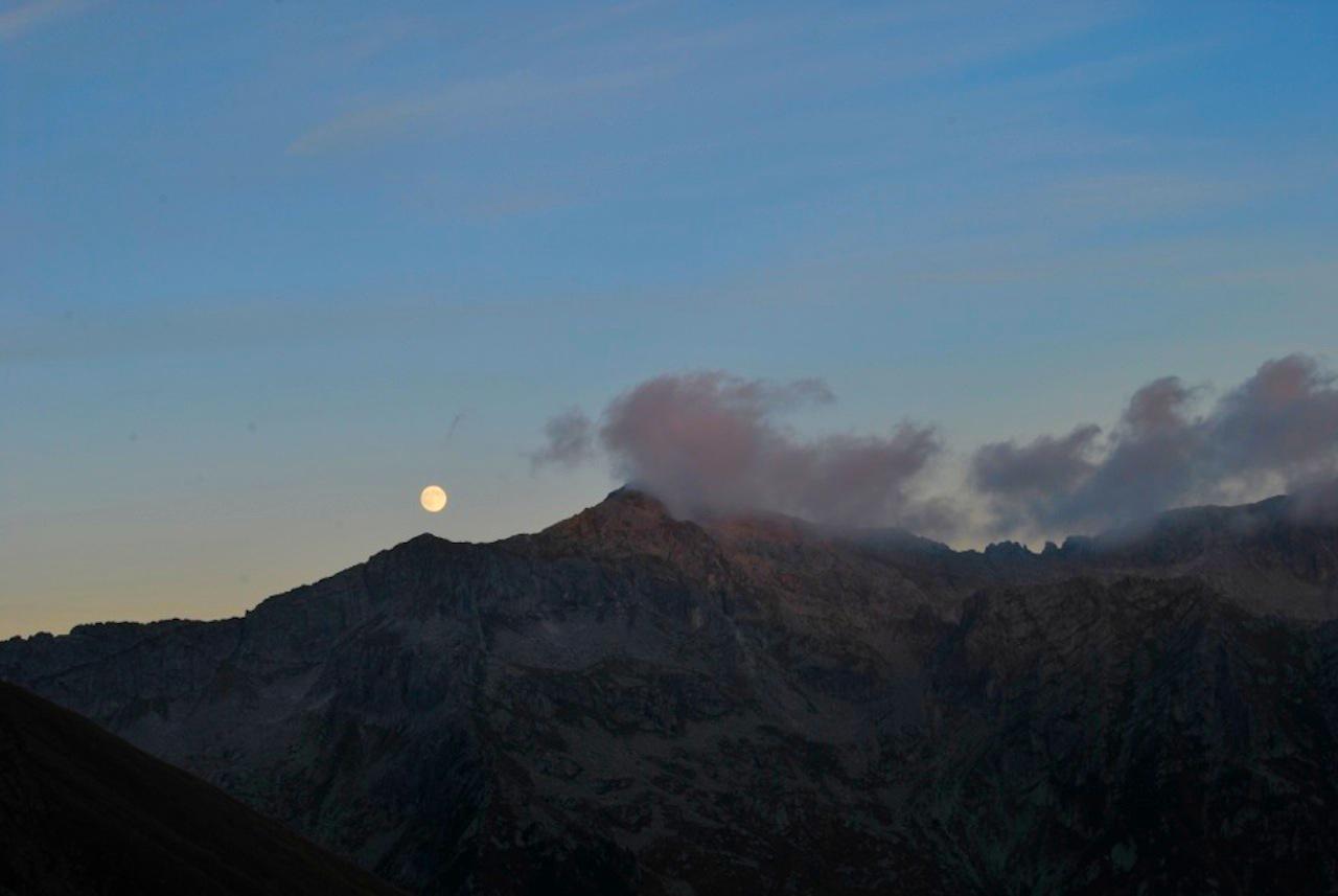 Luna sul Bruffione