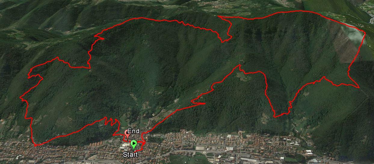 Pizzo Cornacchia 966 m. , Monte Campanile 1035 m. , Monte Bruciato 920 m. , Monte Pernice 899 m. , Monte Magnoli 877 m. , Monte Zoadello 620 m.