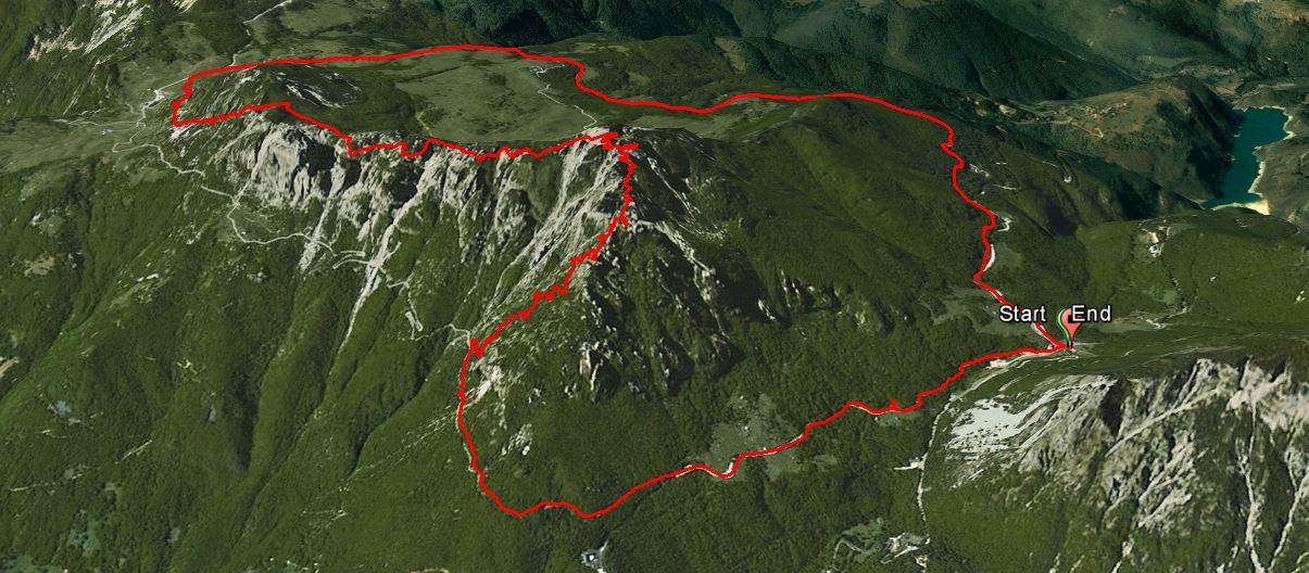 Monte Cornetto 1899 m. , Monte Baffelan 1793 m.