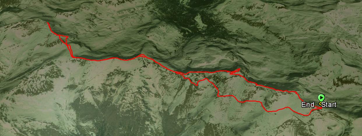 Monte Colombine 2214 m. , Monte Crestoso 2207 m.