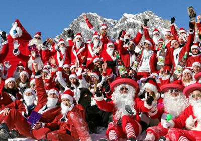 SAMNAUN babbo natale. Impression of the 12th Santa Claus World Championship called ClauWau in Samnaun, Switzerland, December 1, 2012. swiss-image.ch/Photo Nadja Simmen