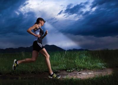 Night-trail-running